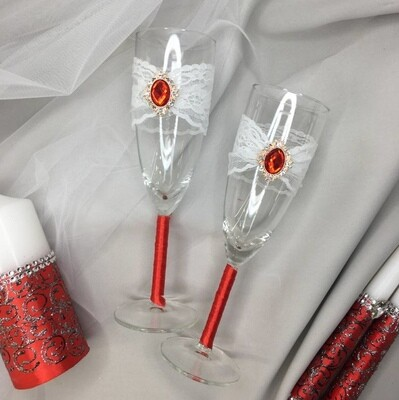 Бокалы (ручной работы, красный алмаз, кружево)