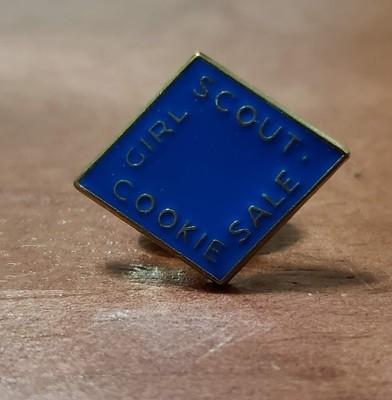2008 Cobalt Blue Metal Cookie Pin