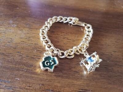 GS charm bracelet/2 charms 1950-?.  Gold plate.