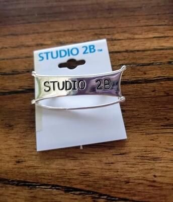 Studio 2B charm holder 2003-2006