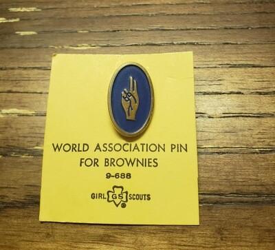 Brownie World Association Pin 1956-1976