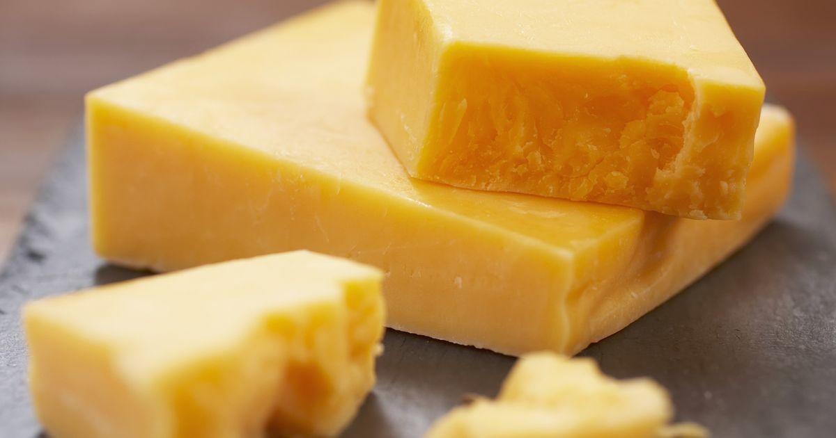 Mature Cheddar Cheese 1 x Block