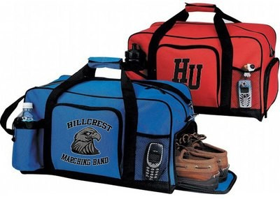 DELUXE DUFFLE BAG WITH SHOE POUCH