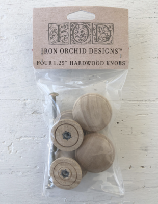 IOD WOODEN KNOBS 1.25