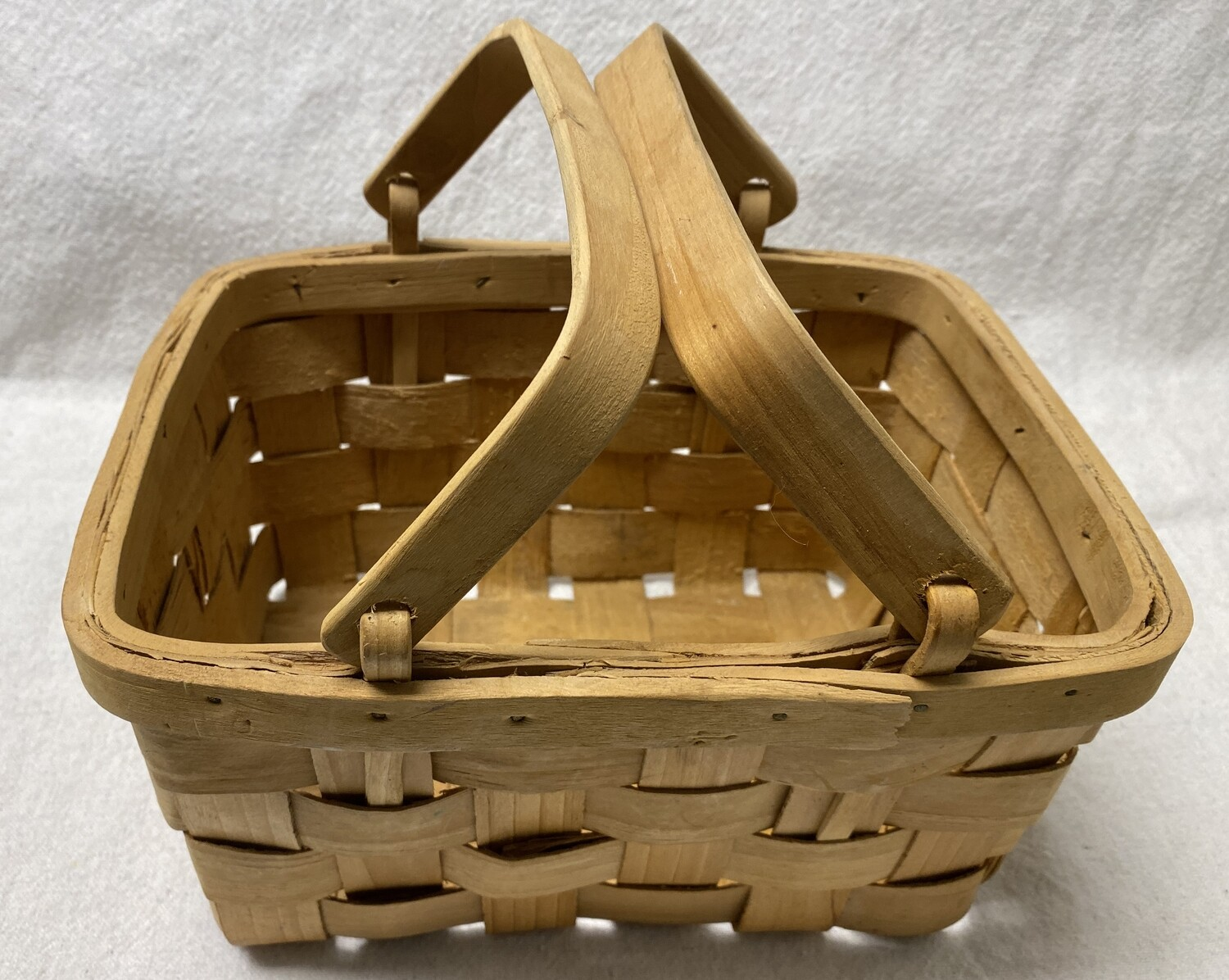Picnic Basket with Handles