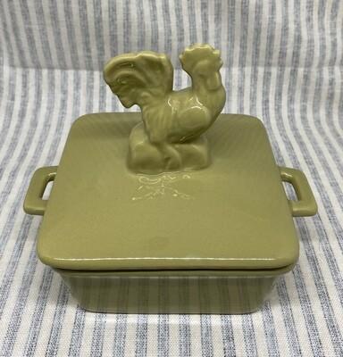 Ceramic Dish with Chicken Lid Design