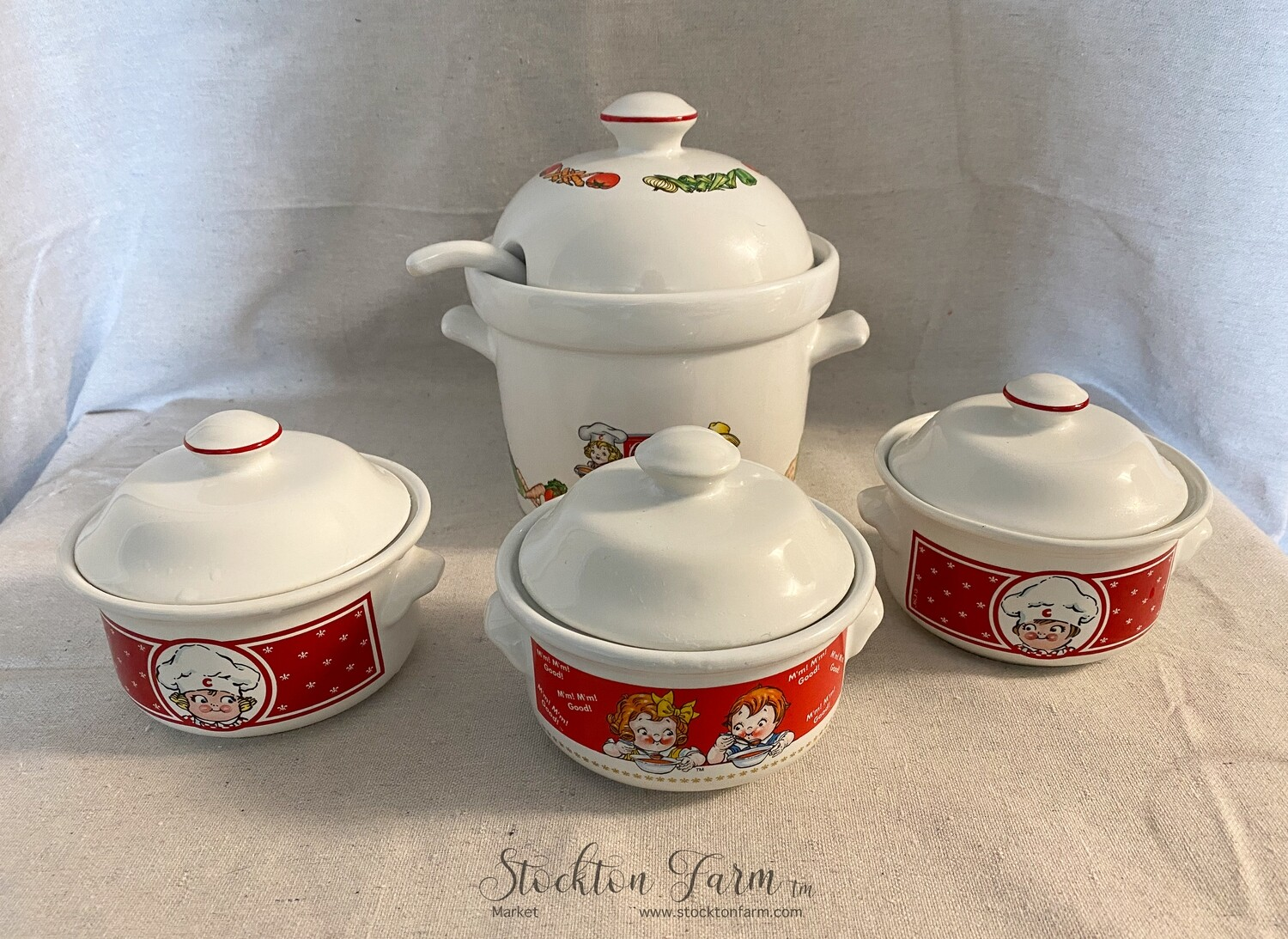 Campbell's Soup Tureen with Ladle and 3 Bowls