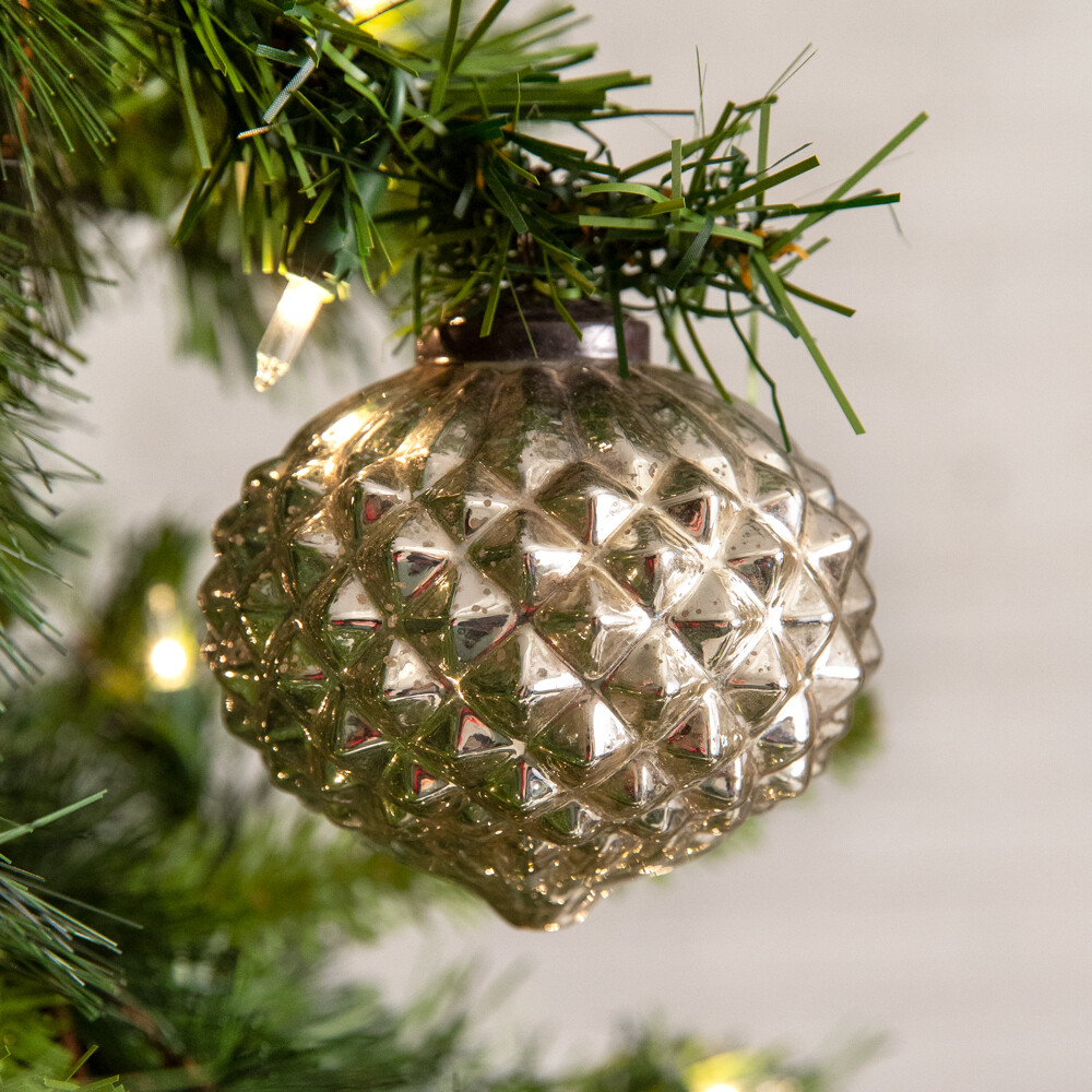 Handcrafted Silver Diamond Pattern Glass Ornament