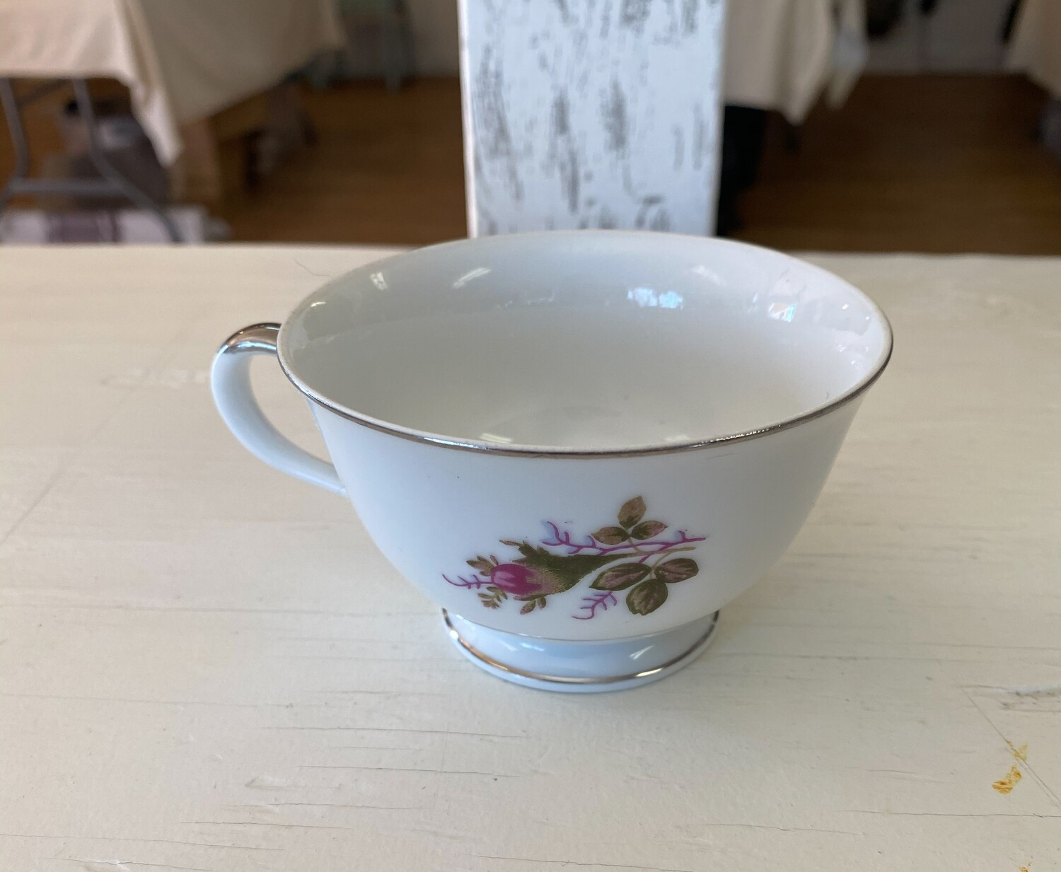 Rose Pattern China Tea Cup by Orient China (JAPAN)