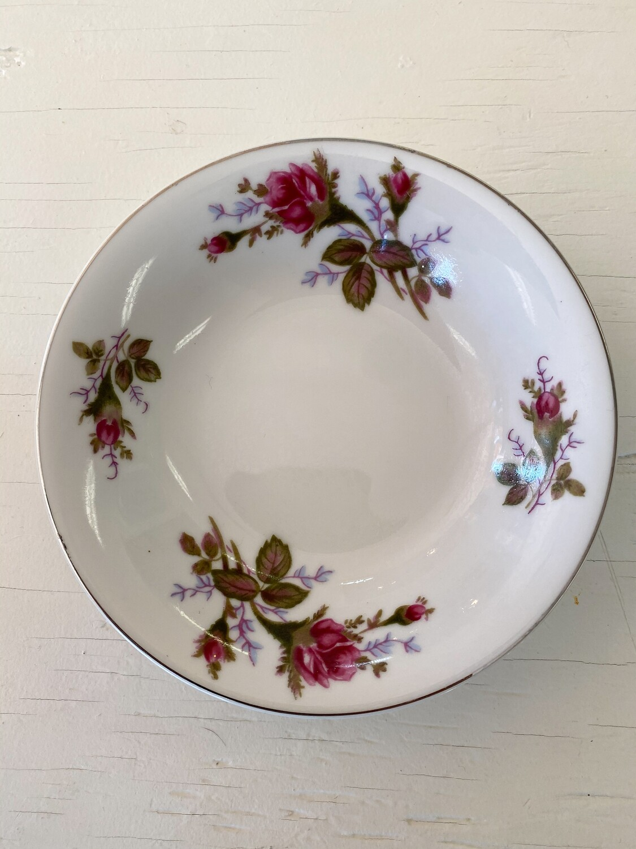 Rose Pattern China Small Bowl by SANKYO (JAPAN)