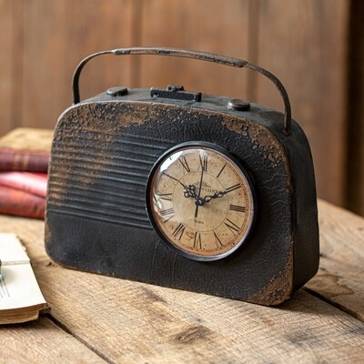 Vintage Inspired Radio Table Clock
