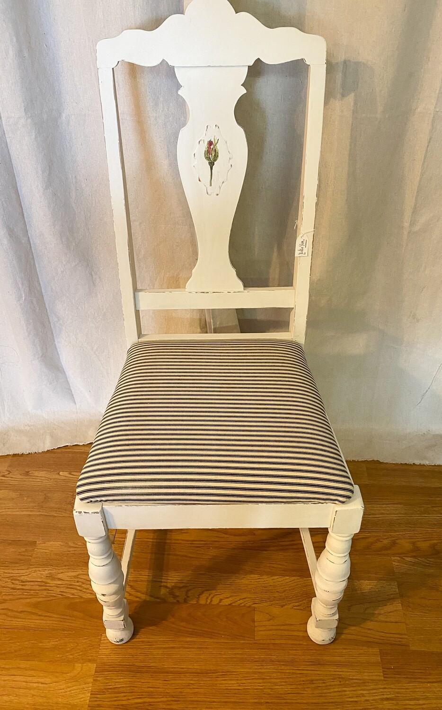 Farmhouse Style Wood Chair