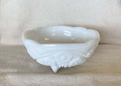Westmoreland Old Quilt Milk Glass Footed Bowl