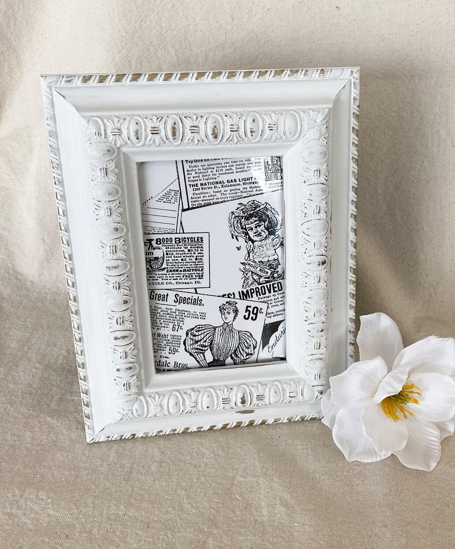 White Distressed 4x6 Frame