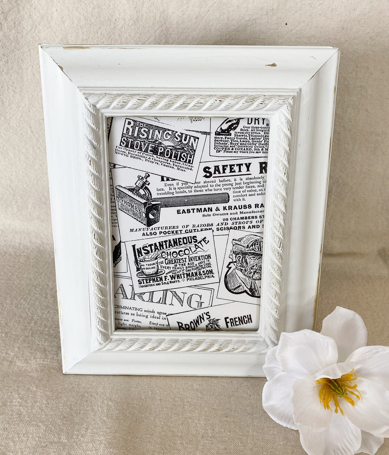 White Distressed 5x7 Frame