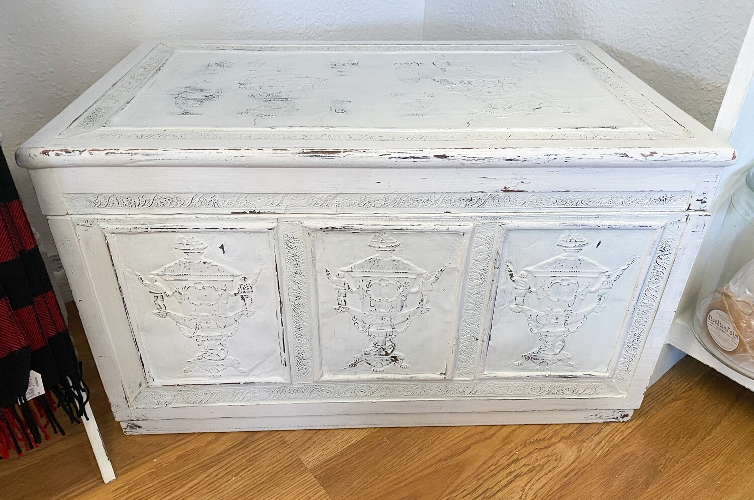 Farmhouse Inspired Wood Chest