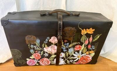 Black Floral Vintage Case