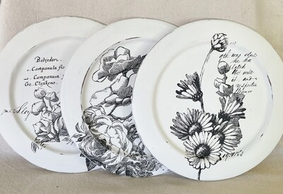 Black & White Floral Decorative Charger