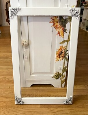 White Antiqued & Distressed Wood Frame