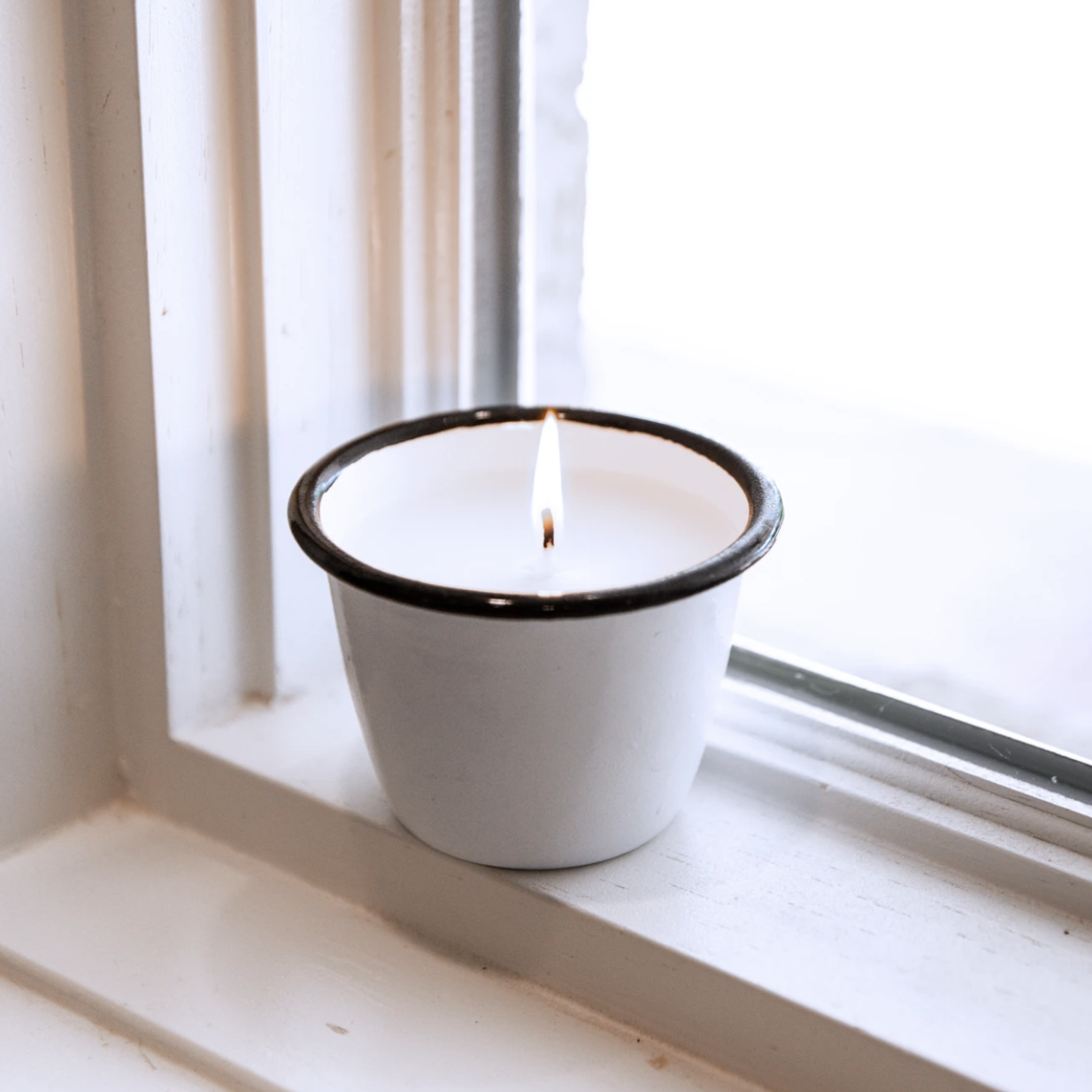 White Enamelware Candle 6oz