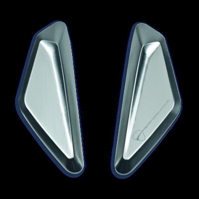 Aluminium cover for mirror hole.