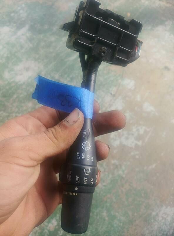 r33 wiper staulk (used)