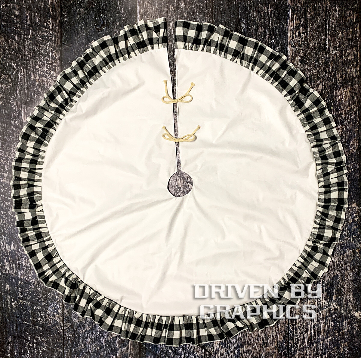 Black & White Buffalo Plaid Tree Skirt w/ White Center