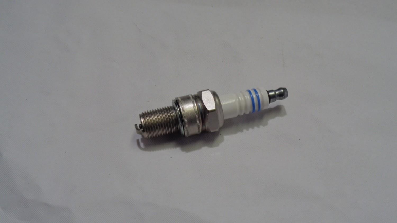 Bosch tennplugg for S-motorer