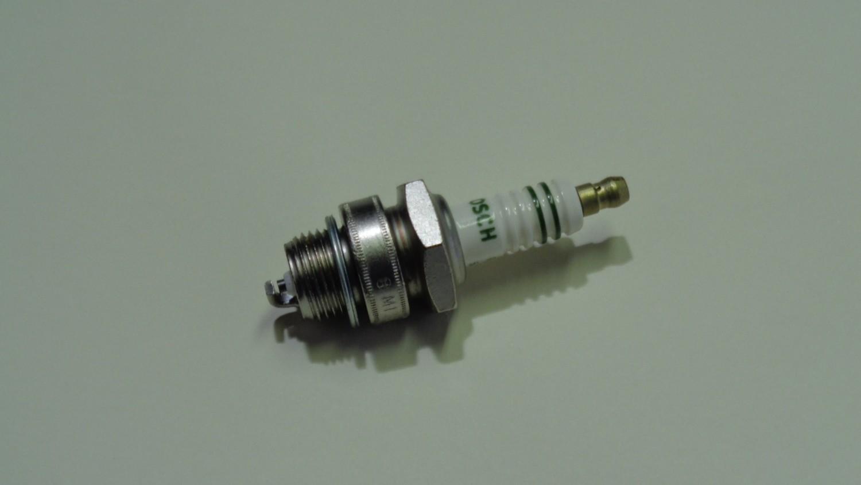 NGK tennplugg for L-motor og andre typer eldre motorer