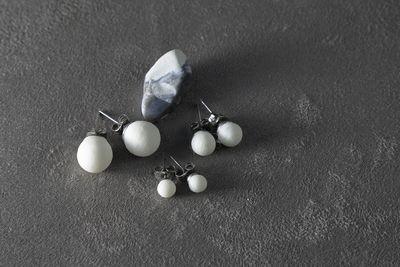 Пусеты из белого фарфора, шарики (5мм, 7мм, 10мм).  White porcelain stud earrings, balls (5mm, 7mm, 10mm).