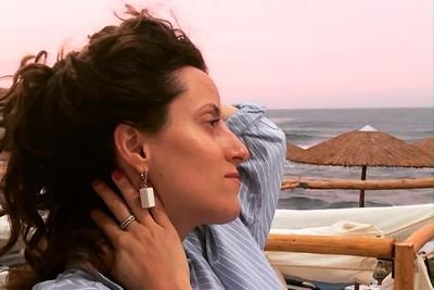 Серьги из белого фарфора, прямоугольная призма. Английская швенза.White porcelain earrings, rectangular prism. English fixture (ear wire).