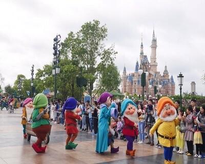 5D Shanghai Disneyland + Suzhou Tour