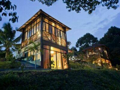 2D1N Relaxing Getaway Bentong @ Bilut Hill Resort  | Private Tour - Depart from KL