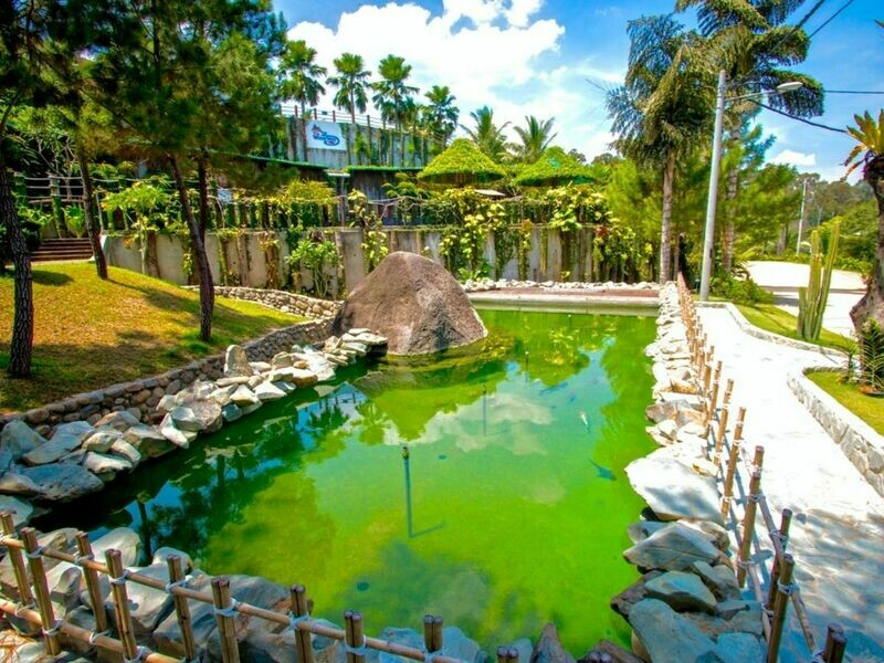2D1N Lush Waterway Villa