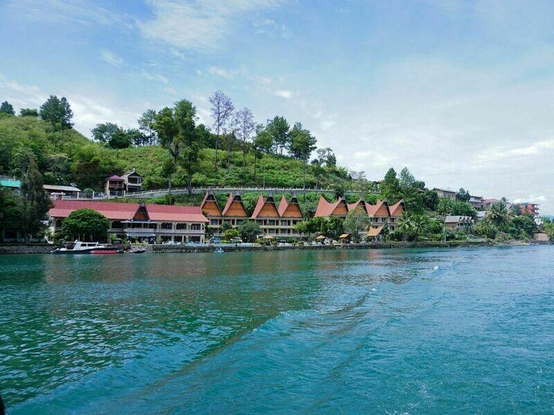 3D2N Silangit - Lake Toba - Simarjarunjung Tour