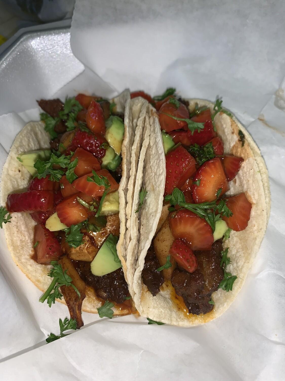 CeCe's Homemade Seitan Unsteak Tacos w Strawberry Salsa