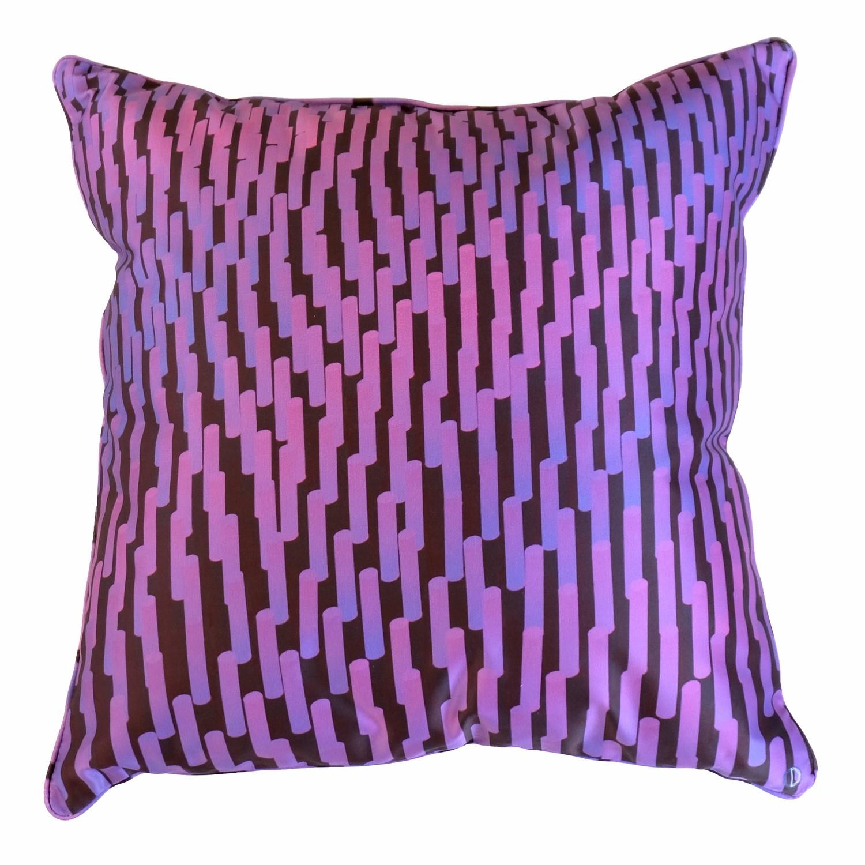 Coussin déhoussable, Graphique violet