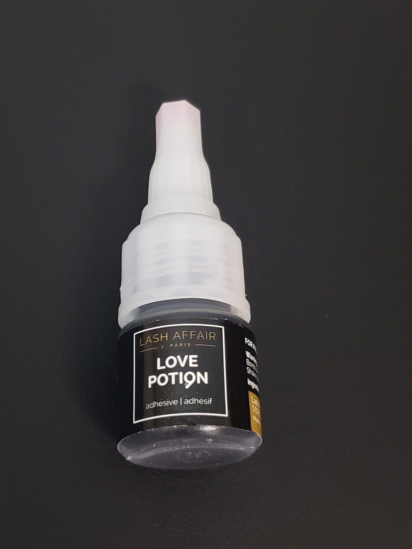 Lash Affair Love Potion #9 Adhesive