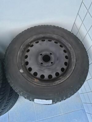 Stålfælg fra Volkswagen Up 2012 165/70 R14 81T Bridgestone Blizzak LM001 m+s