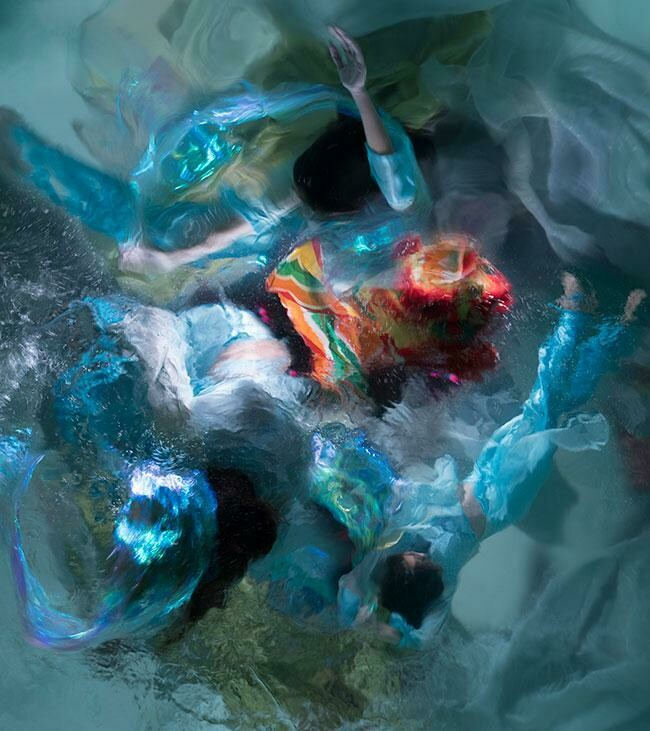 Baroque Underwater Photography 05 (Title unspecified)