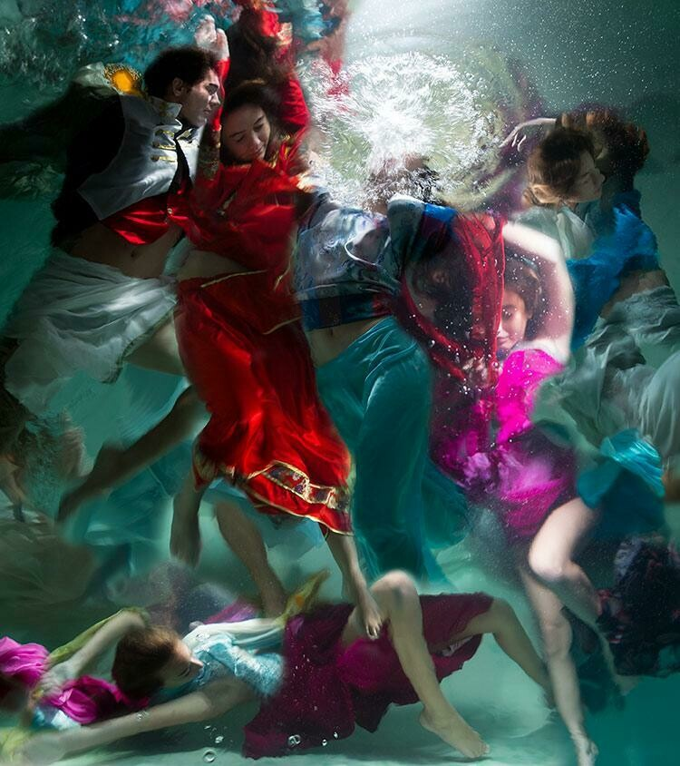 Baroque Underwater Photography 13 (Title unspecified)