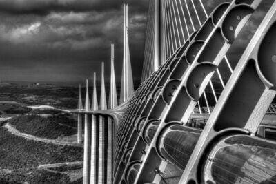 BRIDGE (MILLAU VIADUC) 02