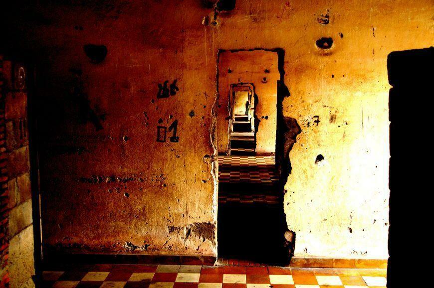 TUOL SLENG KHMER ROUGE JAIL (CAMBODIA) 04