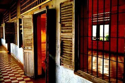 TUOL SLENG KHMER ROUGE JAIL (CAMBODIA) 09
