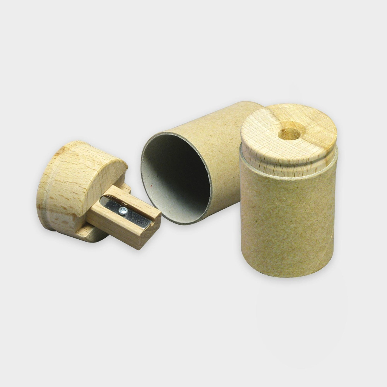 Anspitzer aus recycelter Pappe und Buchenholz