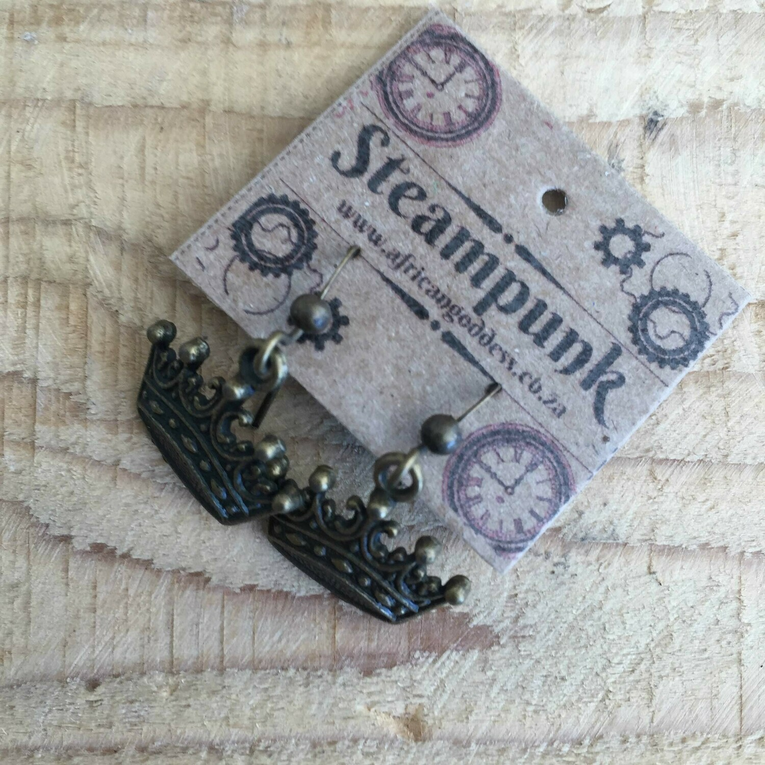 Steampunk Alice in Wonderland - Antique Brass Crown Earrings