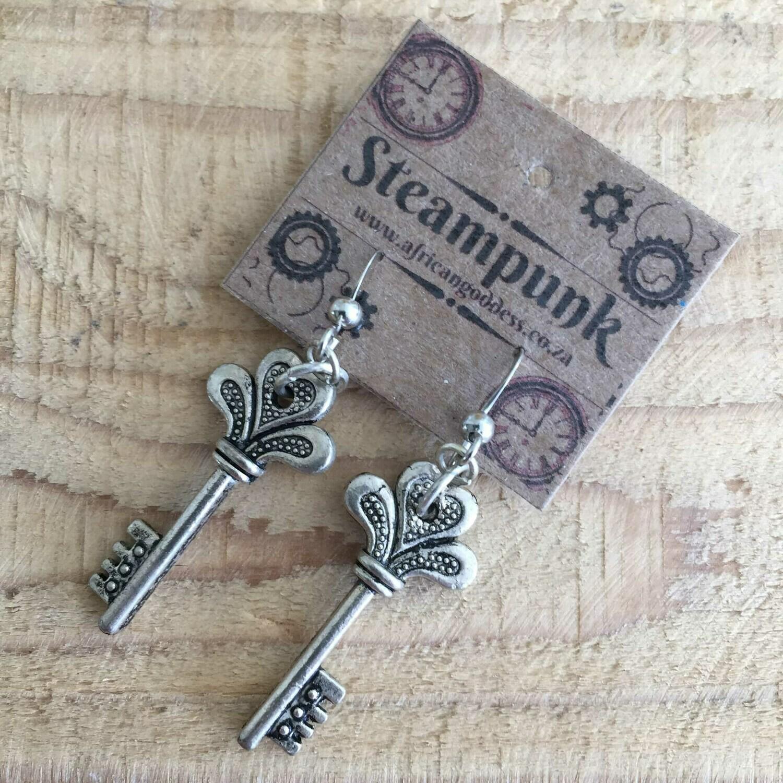 Steampunk Alice in Wonderland - Antique Silver Key Earrings