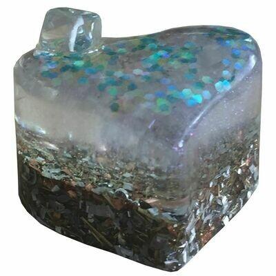 Orgonite Mini Heart Iridescent & Green Glitter  - Clear Quartz