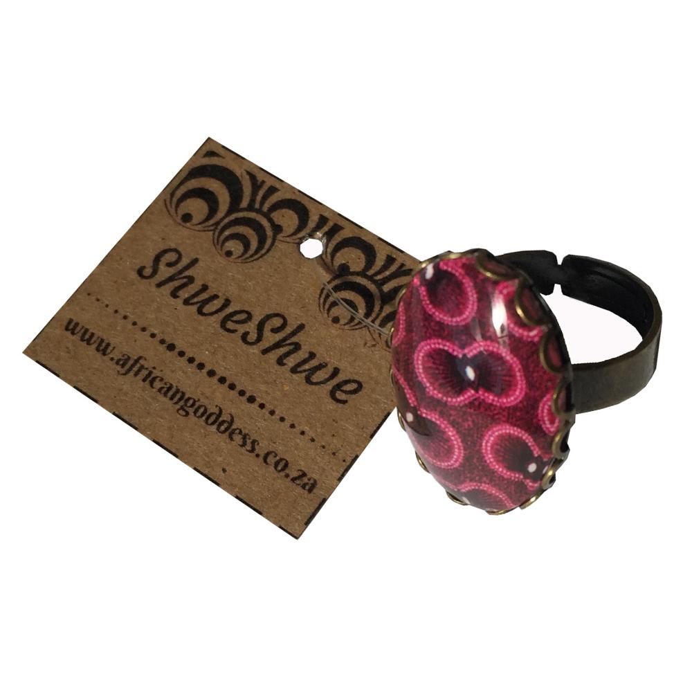 Oval 18 x 25mm Ring - Pink & Purple ShweShwe