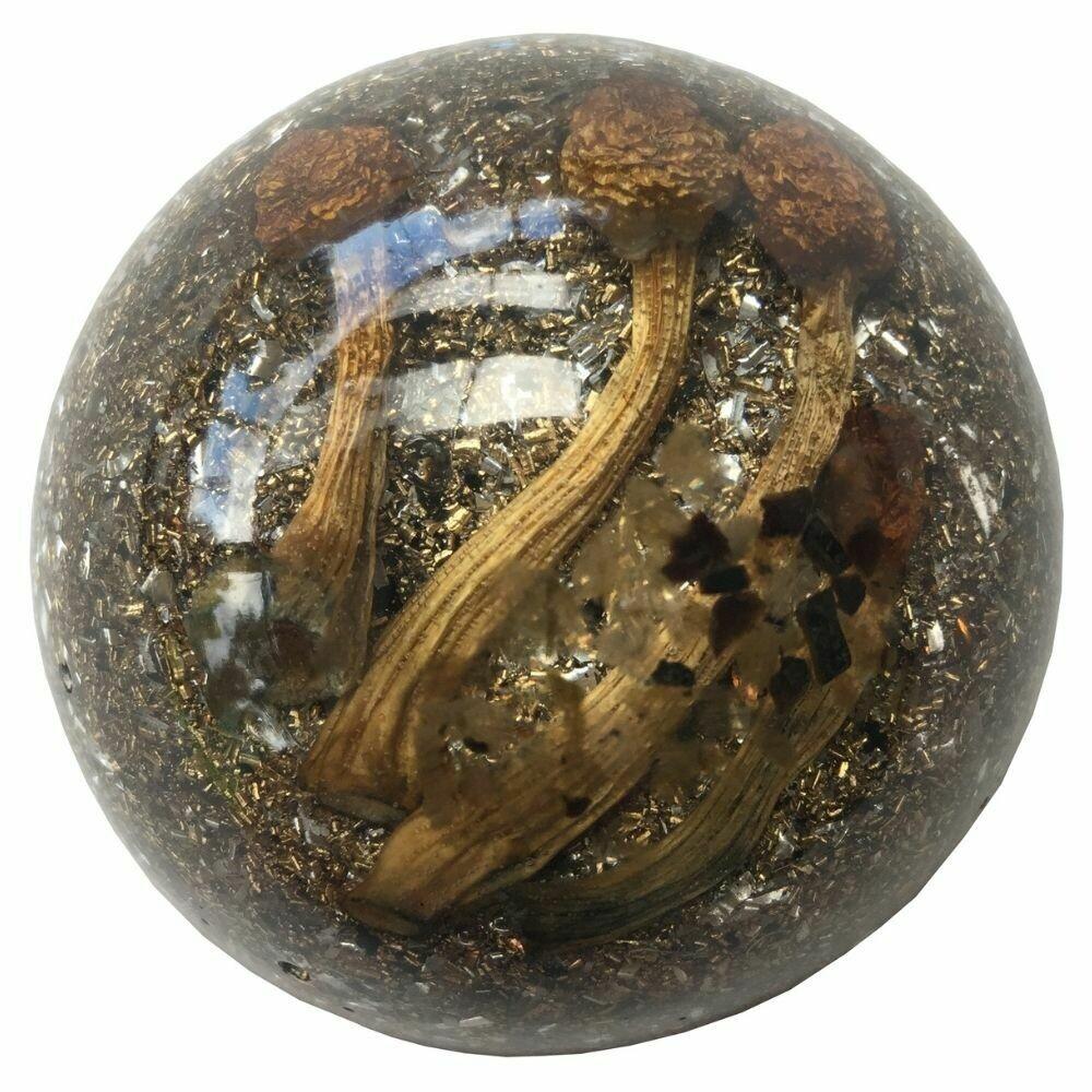 Orgonite Large Half Dome - Labradorite & Dry Mushroom